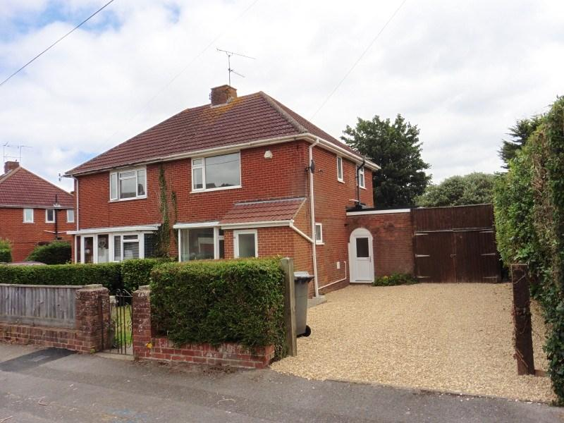 2 Bedrooms Semi Detached House for sale in Aldridge Road, Bournemouth