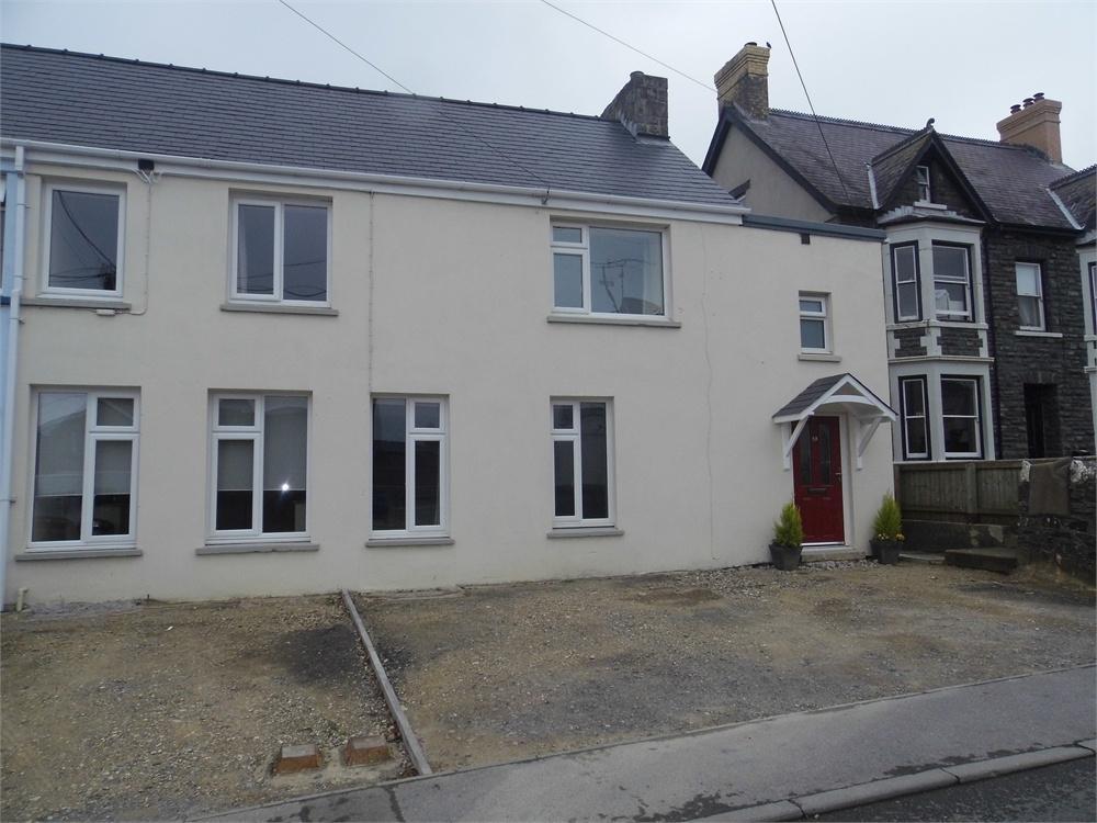 3 Bedrooms Semi Detached House for sale in 52 St Davids Road, Letterston, Haverfordwest, Pembrokeshire