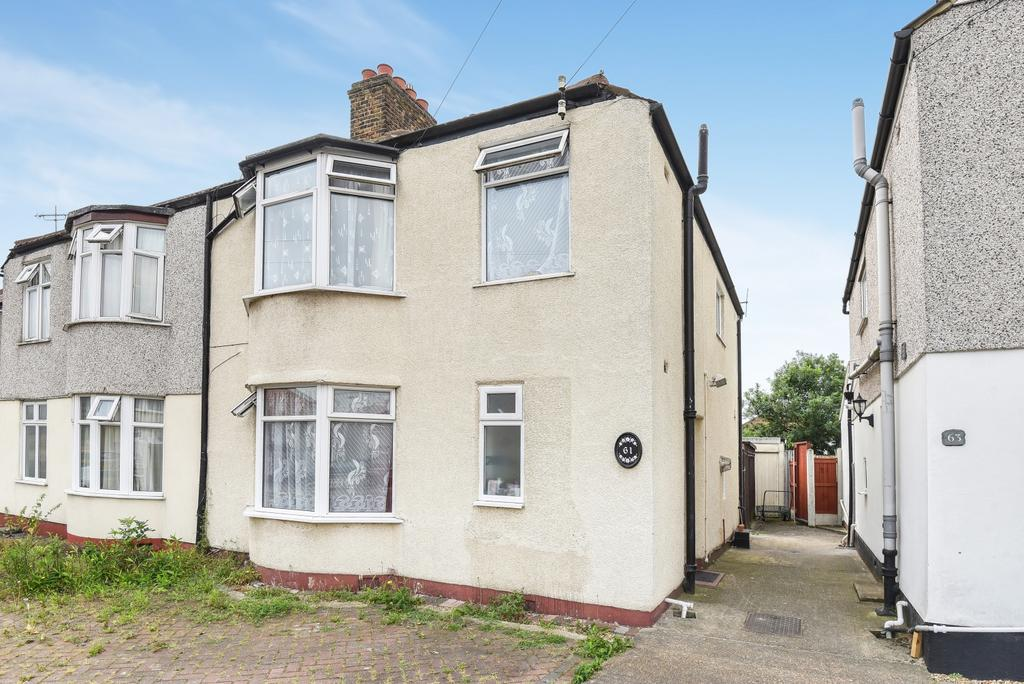 4 Bedrooms Semi Detached House for sale in Exeter Road Welling DA16