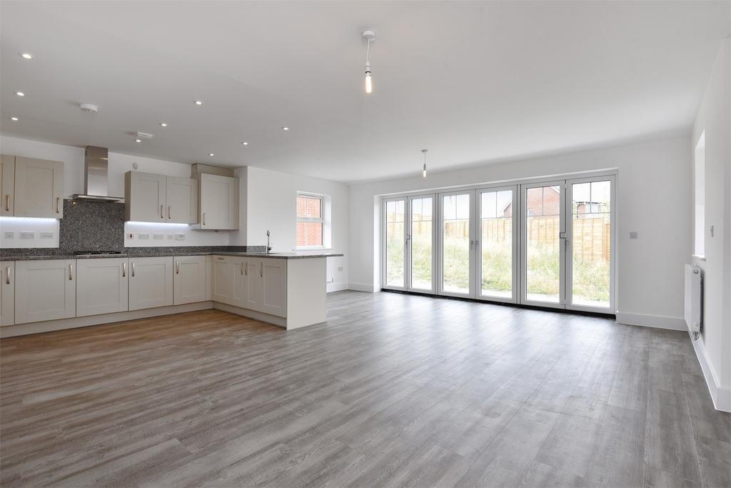 4 Bedrooms Detached House for sale in Broughton, Stockbridge, Hampshire