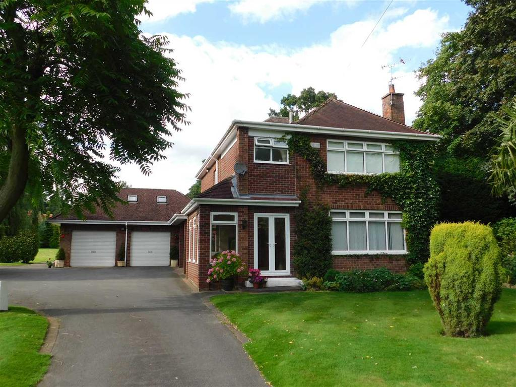 4 Bedrooms Detached House for sale in MESSINGHAM LANE, SCAWBY, BRIGG