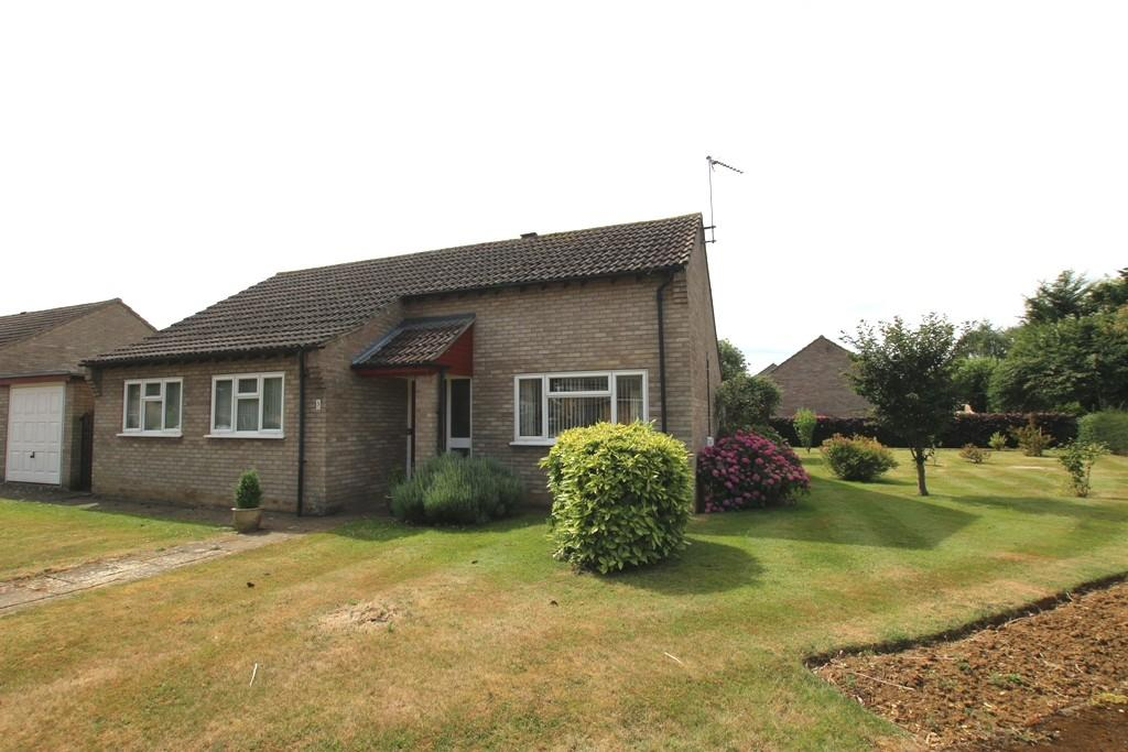 3 Bedrooms Detached Bungalow for sale in Canute Crescent, Ely