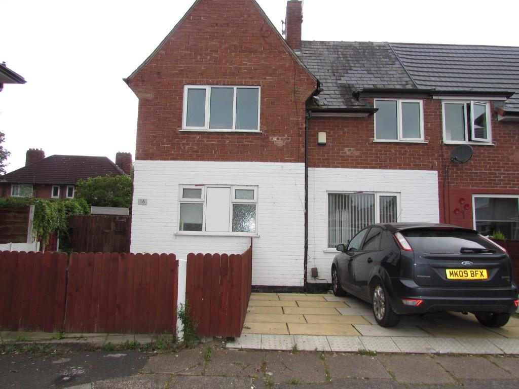3 Bedrooms Semi Detached House for sale in Broadley Avenue, Wythenshawe, Manchester