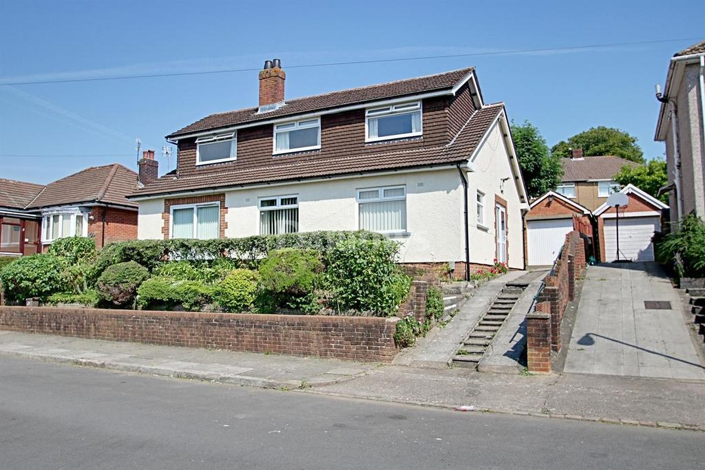 3 Bedrooms Detached House for sale in Lynton Terrace, Llanrumney, Cardiff