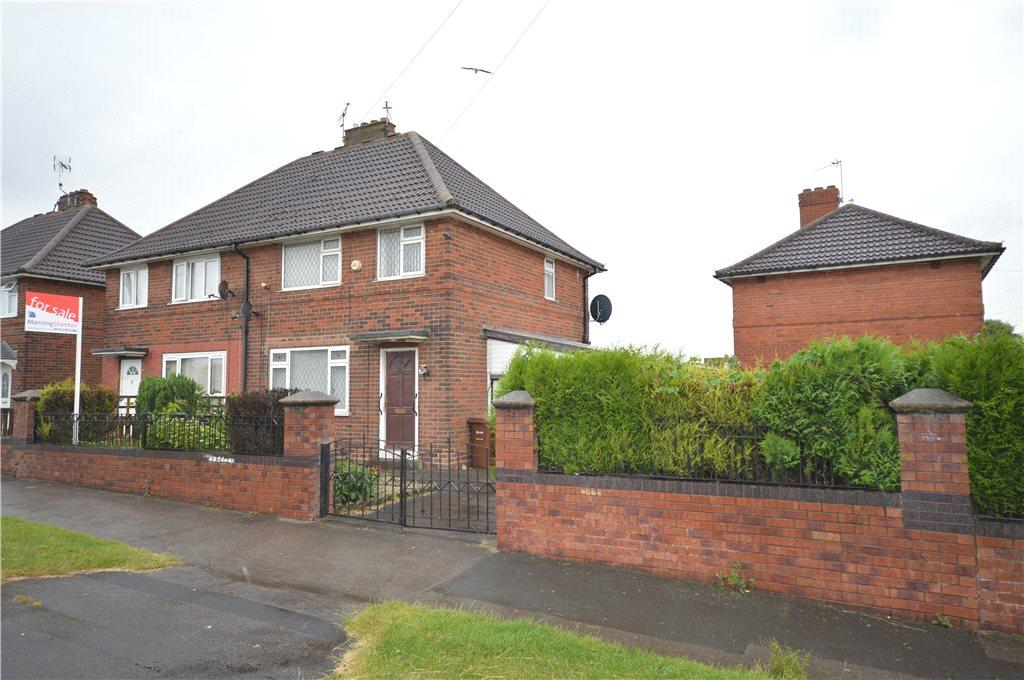 3 Bedrooms Semi Detached House for sale in Belle Isle Road, Leeds, West Yorkshire
