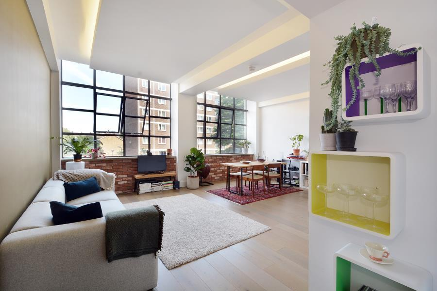 2 Bedrooms Apartment Flat for sale in Textile Building, Hackney, E9