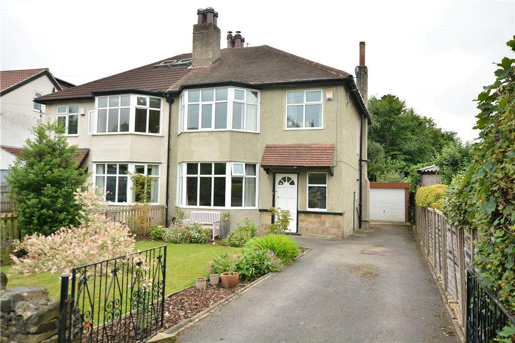 3 Bedrooms Semi Detached House for sale in Oakwell Crescent, Roundhay, Leeds
