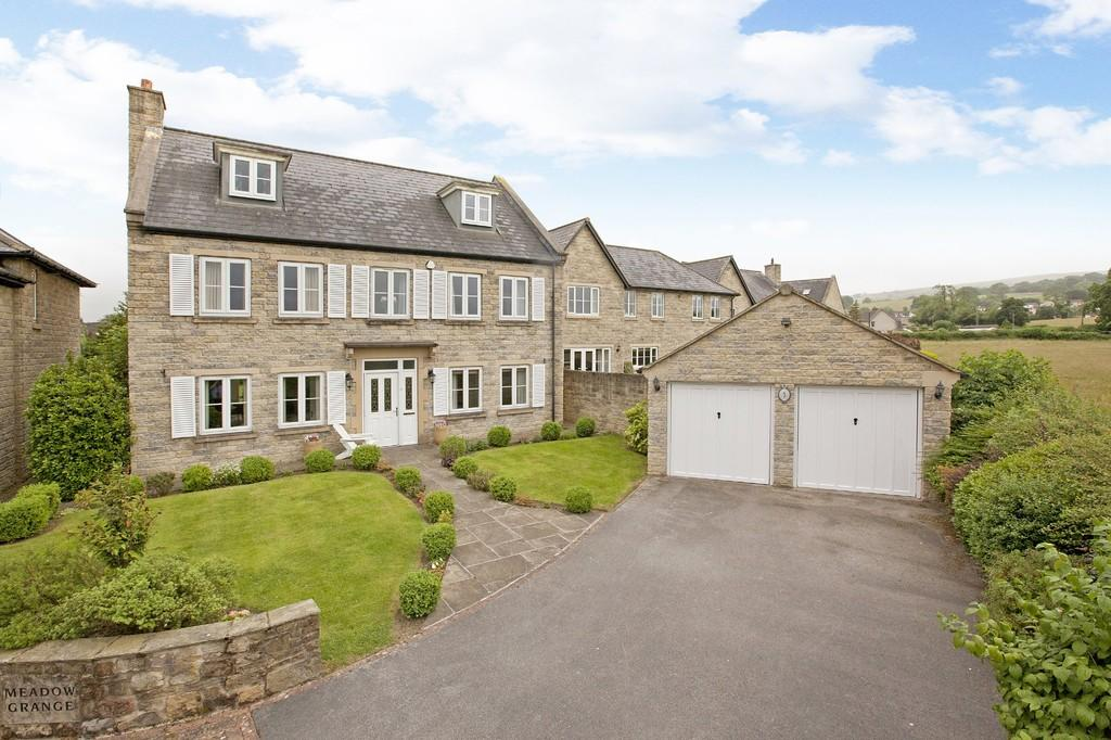 5 Bedrooms Detached House for sale in Woodpecker Road, Burley in Wharfedale