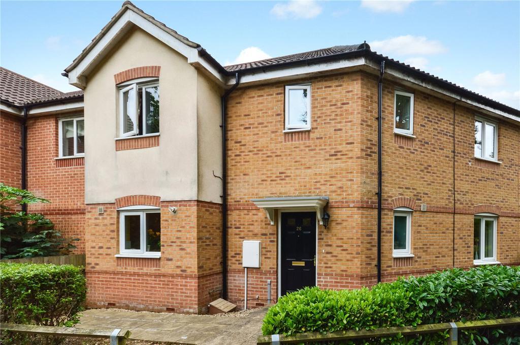 3 Bedrooms House for sale in Tristram Close, Yeovil, Somerset, BA21