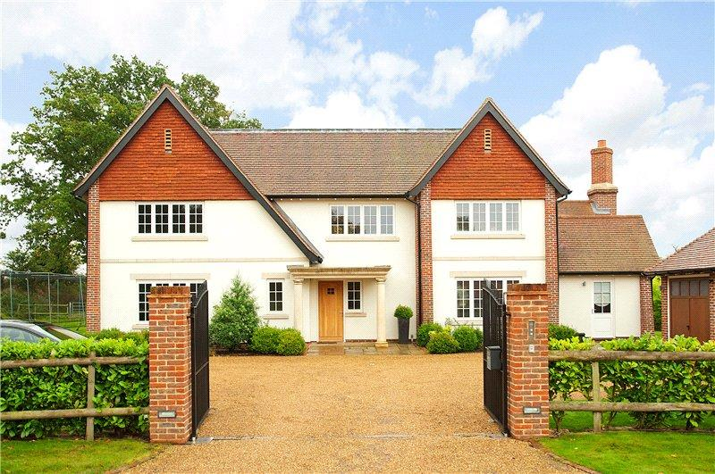 5 Bedrooms Detached House for sale in Old Lane, Ockham, Cobham, Surrey, KT11