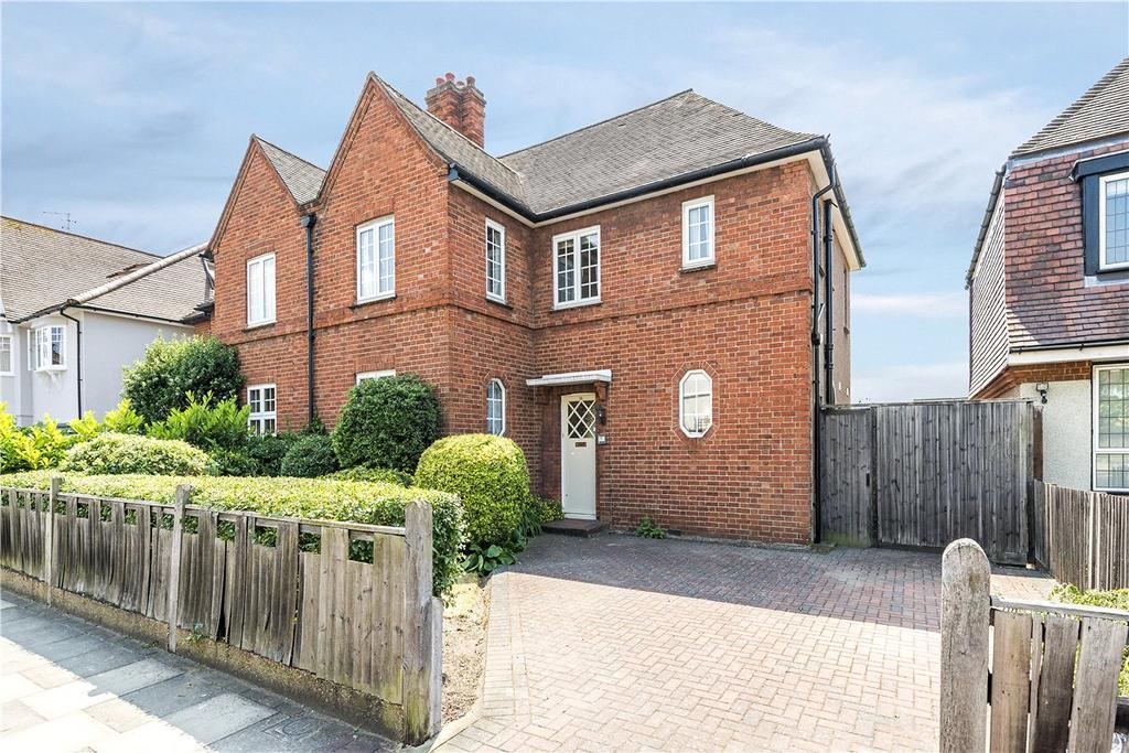 4 Bedrooms Semi Detached House for sale in Ellerton Road, London, SW18
