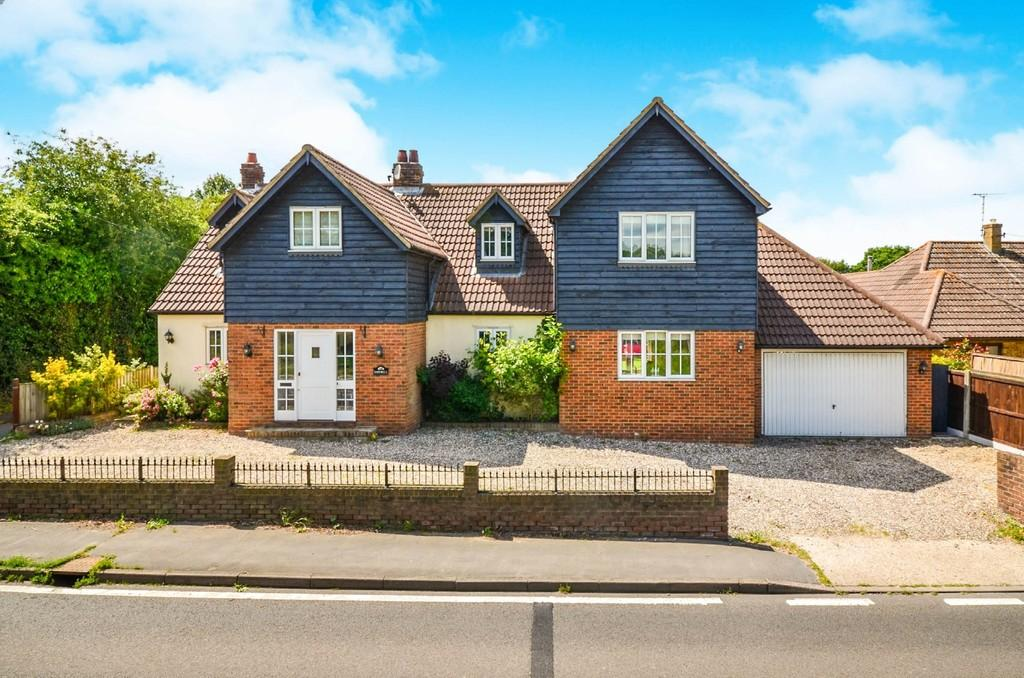 4 Bedrooms Detached House for sale in Maldon Road, Hatfield Peverel