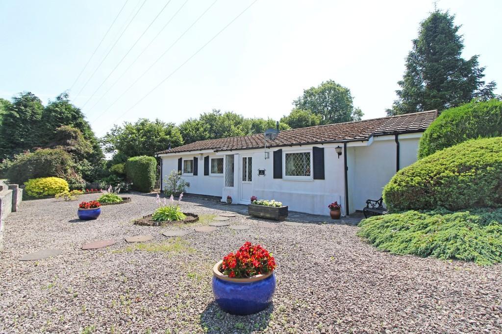 2 Bedrooms Detached Bungalow for sale in Cefn Coch, Radyr