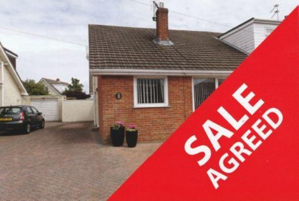 3 Bedrooms Semi Detached Bungalow for sale in WEST PARK DRIVE, PORTHCAWL, CF36 3RG