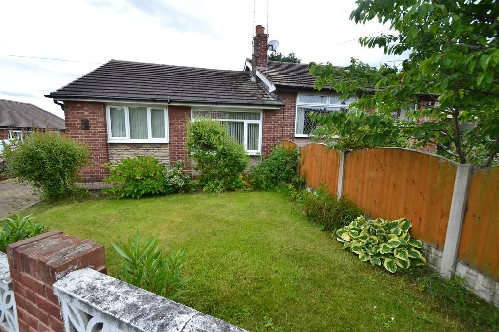 2 Bedrooms Semi Detached Bungalow for sale in Park Avenue, South Kirkby, Pontefract