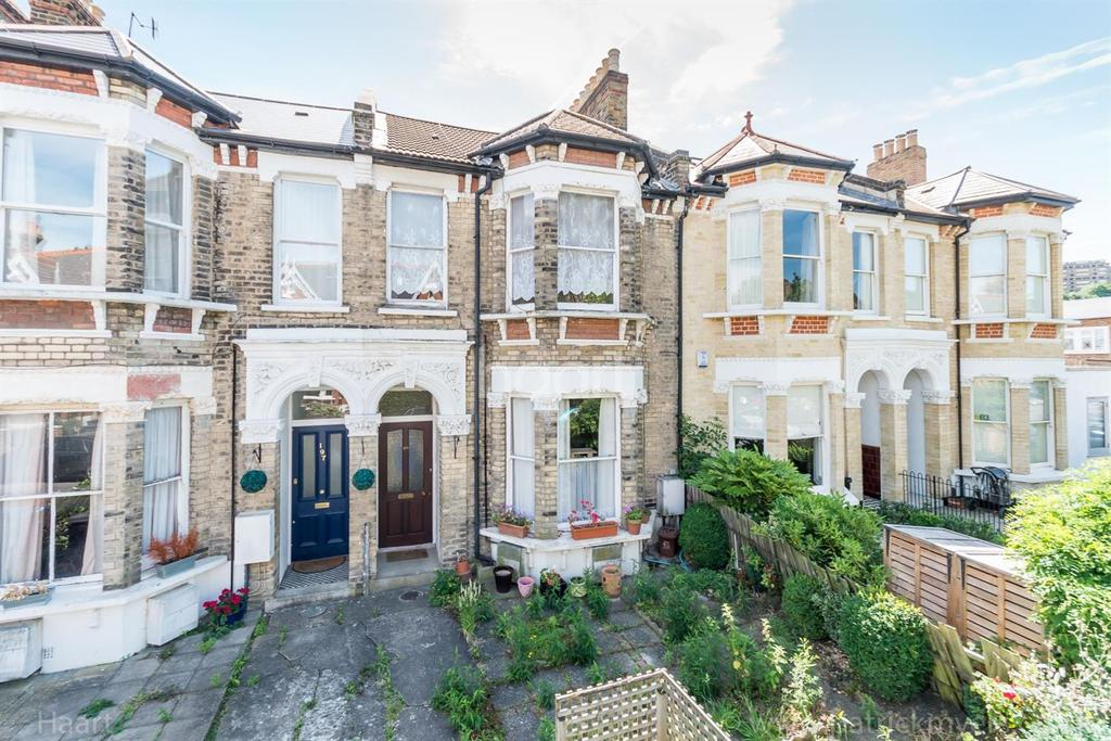 2 Bedrooms Flat for sale in Upland Road, East Dulwich, London,SE22