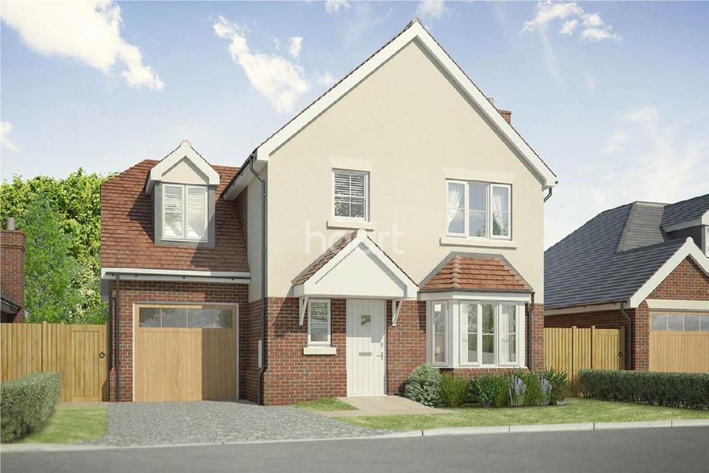 4 Bedrooms Detached House for sale in Brooklands, Clacton Road, Weeley Heath