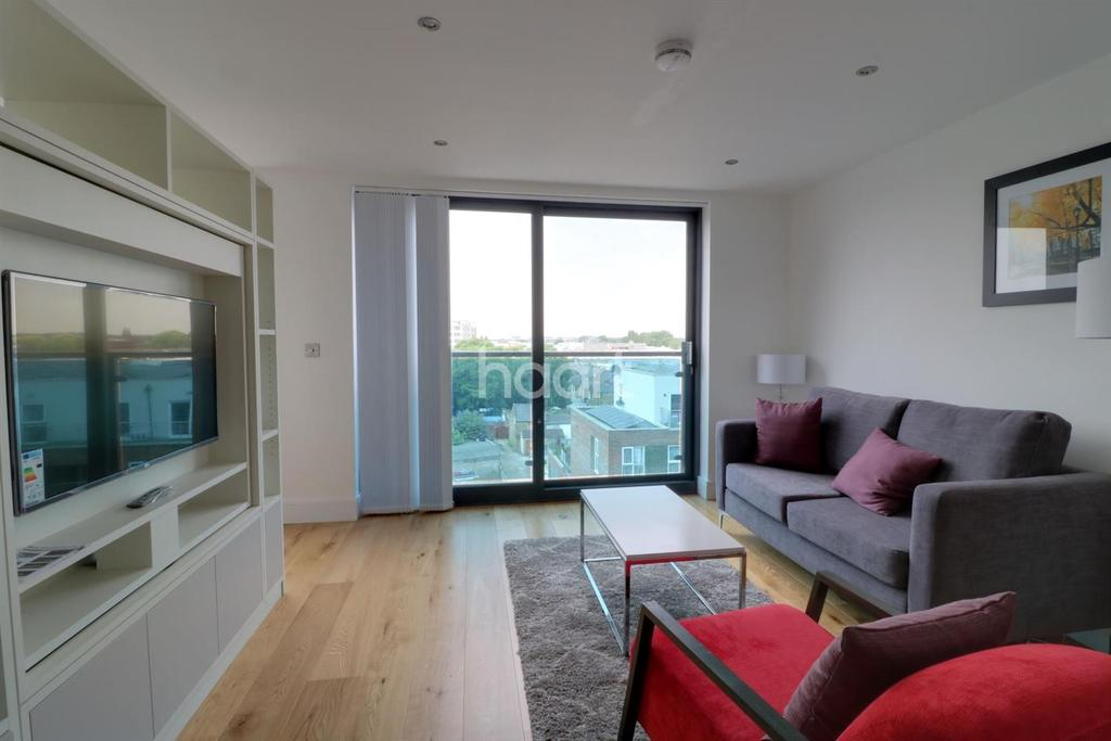 1 Bedroom Flat for sale in Hayes Town