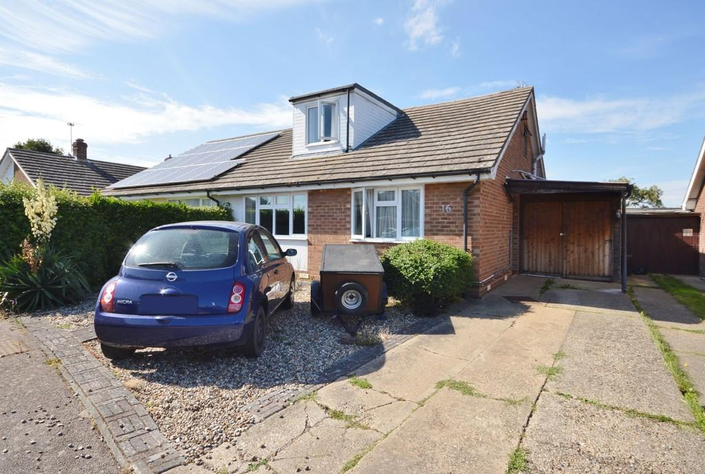 3 Bedrooms Chalet House for sale in Finch Drive, Great Bentley