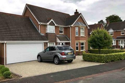 4 bedroom detached house for sale - Willoughby Drive, Solihull