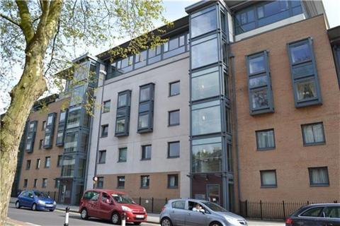 2 bedroom apartment to rent - City Centre, Deanery Road, BS1 5QH