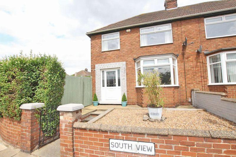 3 Bedrooms Semi Detached House for sale in SOUTH VIEW, GRIMSBY