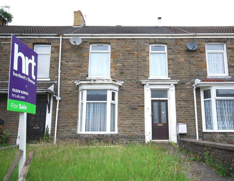 3 Bedrooms Terraced House for sale in 4 Caegroes Terrace, Cadoxton, Neath, SA10 8BP