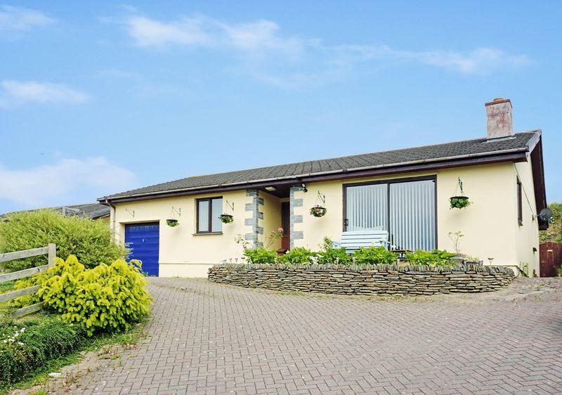 3 Bedrooms Detached Bungalow for sale in Howard Lane, Stratton