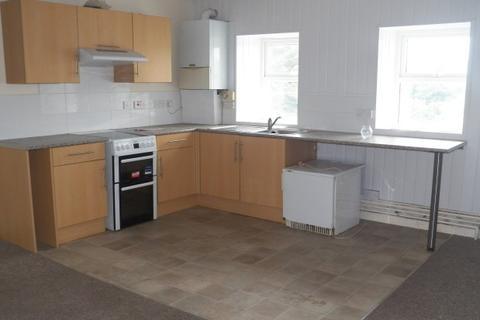 2 bedroom flat to rent - Main Street, Pembroke