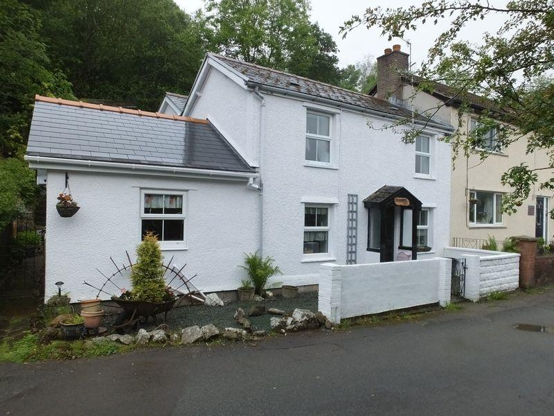 4 Bedrooms Cottage House for sale in Lower Cwm Nant Gam, Abergavenny