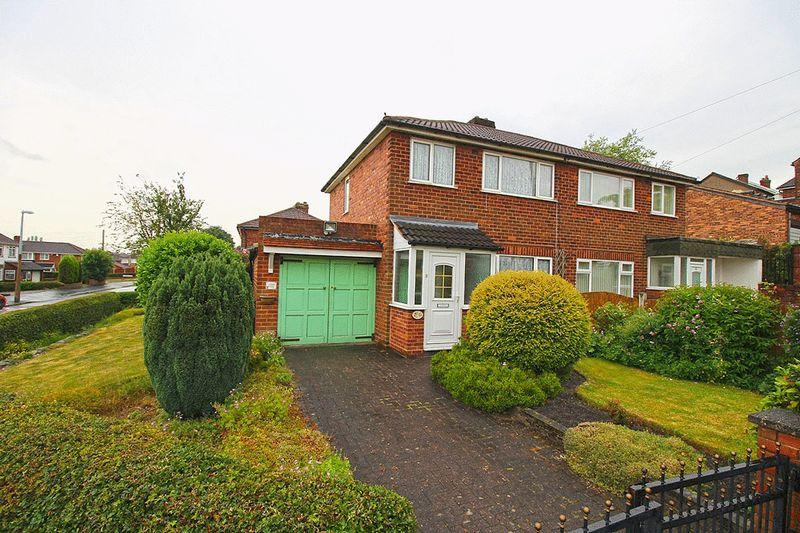 3 Bedrooms Semi Detached House for sale in Hurst Road, COSELEY