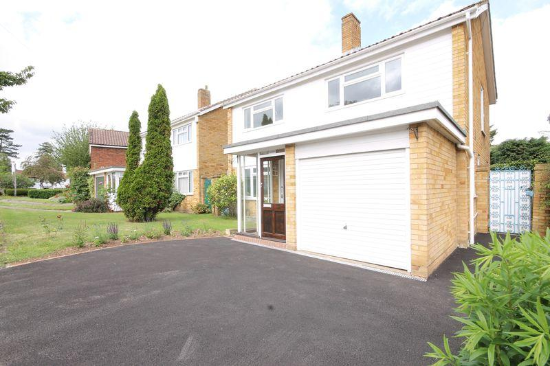 3 Bedrooms Detached House for sale in EPSOM