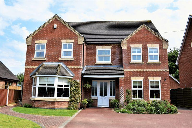5 Bedrooms Detached House for sale in St. Barnabas Road, Barnetby, DN38