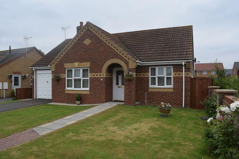 2 Bedrooms Detached Bungalow for sale in Celandine Close, South Killingholme