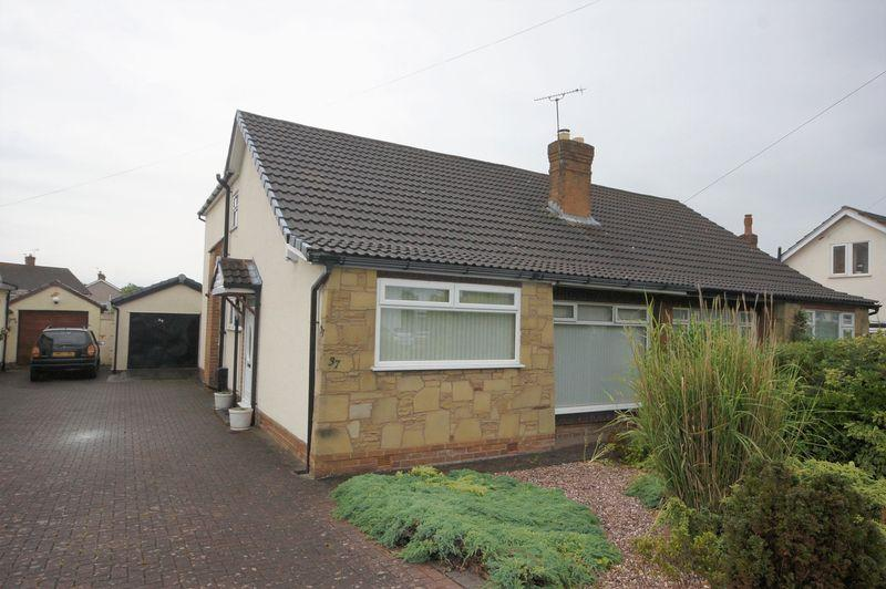 3 Bedrooms Semi Detached Bungalow for sale in Kentmere Drive, Pensby