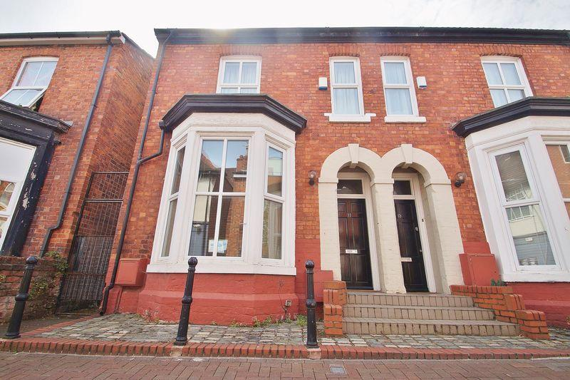 2 Bedrooms Semi Detached House for sale in Cable Street, Southport