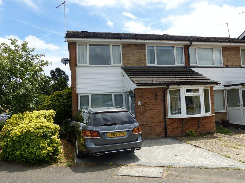 3 Bedrooms End Of Terrace House for sale in Marlow