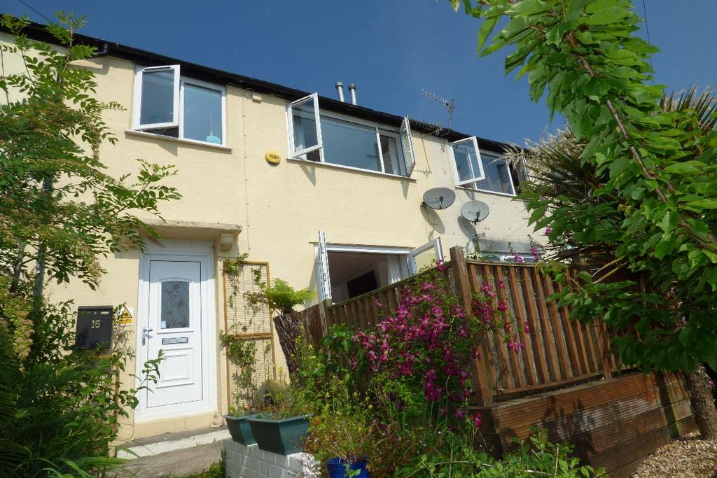 3 Bedrooms Terraced House for sale in Brynglas Avenue, Pontllanfraith