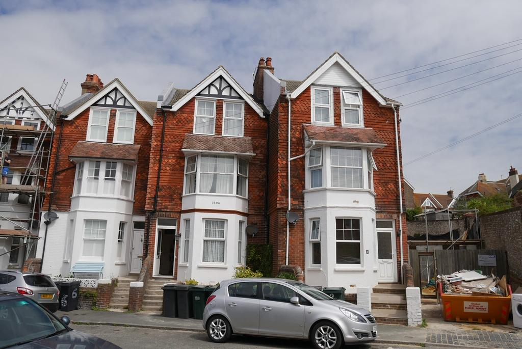4 Bedrooms End Of Terrace House for sale in St Marys Road, Old Town, Eastbourne, BN21