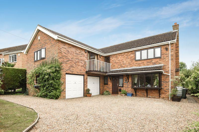 5 Bedrooms Village House for sale in Church Lane, Horton Cum Studley
