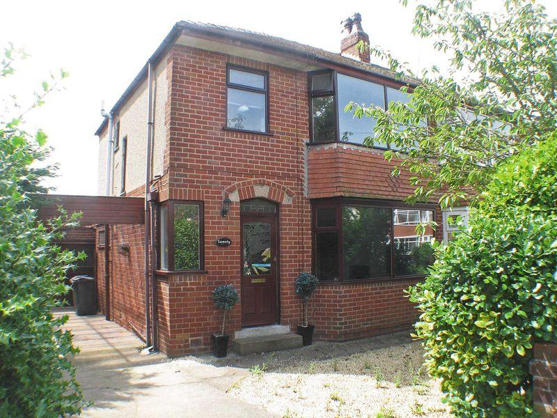 3 Bedrooms Semi Detached House for sale in Osborne Avenue, Thornton-Cleveleys