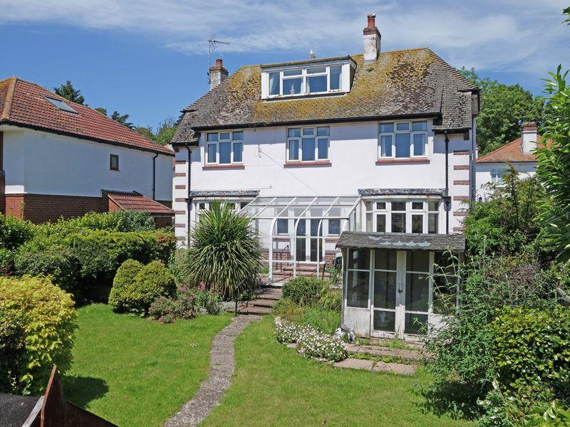 3 Bedrooms Detached House for sale in Victoria Road, Sidmouth