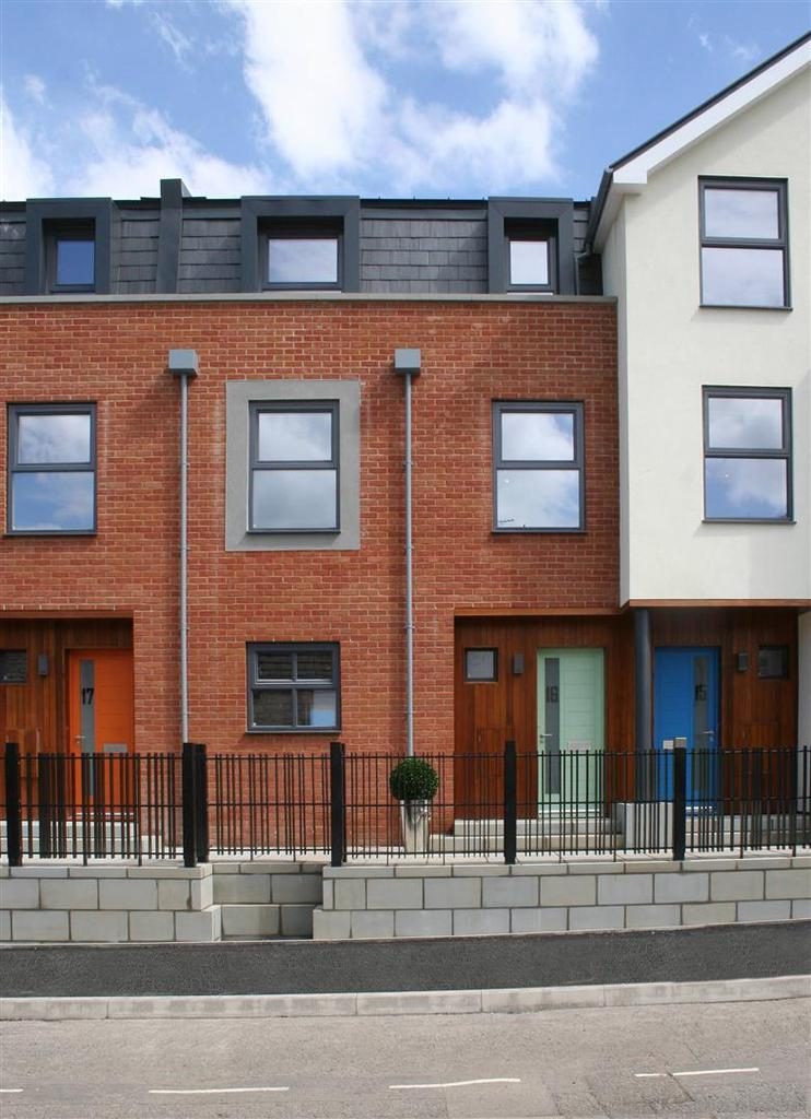 4 Bedrooms Town House for sale in Severn Quay, The Back, Chepstow