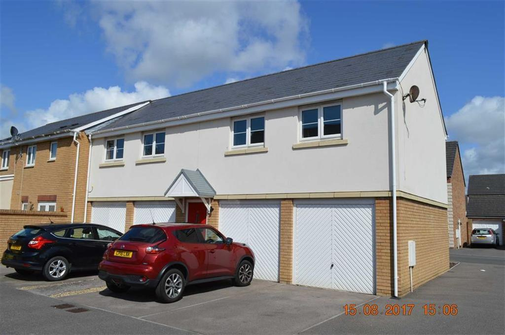 2 Bedrooms Flat for sale in Six Mills Avenue, Swansea, SA4