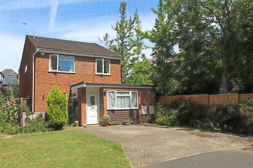 4 Bedrooms Detached House for sale in Mile Elm, Marlow