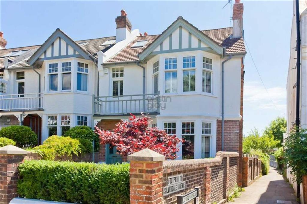 4 Bedrooms House for sale in Wilbury Crescent, Hove, East Sussex