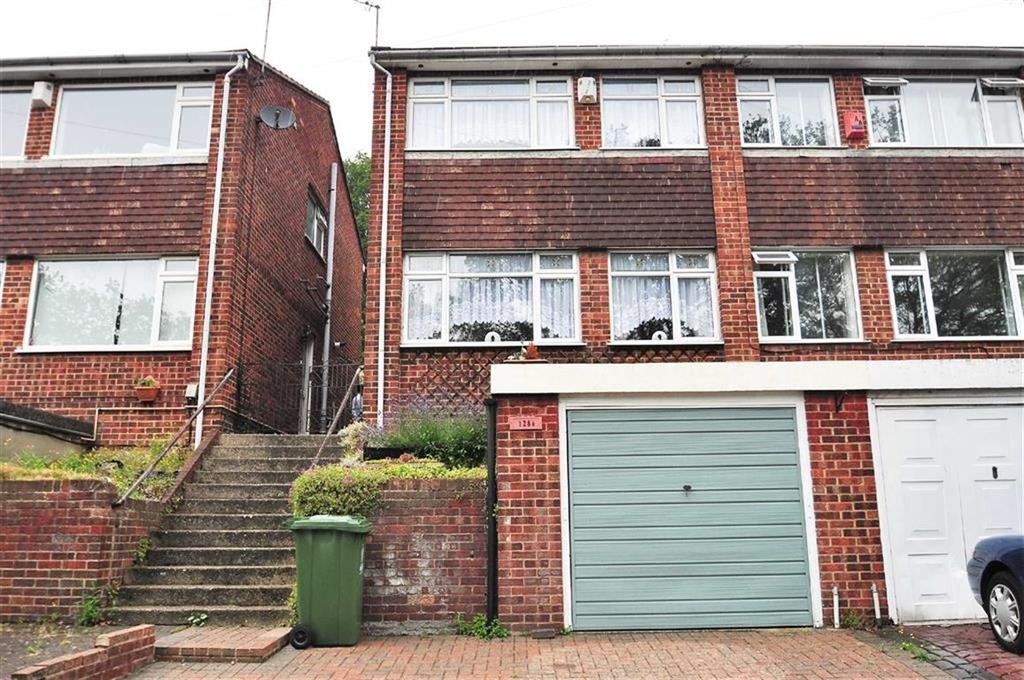 4 Bedrooms Semi Detached House for sale in Rochester Drive, Bexley