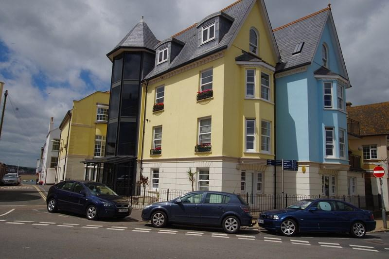 2 Bedrooms Apartment Flat for sale in Ivy Lane, Teignmouth