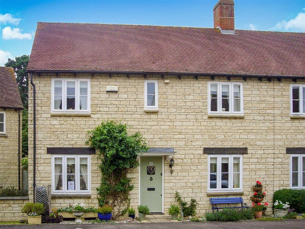 3 Bedrooms House for sale in Hawthorn Drive, Bradwell Village, Oxfordshire