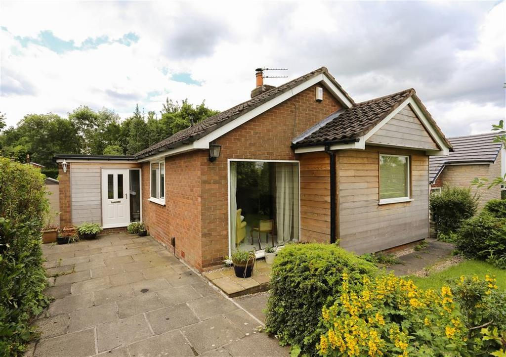 3 Bedrooms Detached Bungalow for sale in Cottam Crescent, Marple Bridge, Cheshire